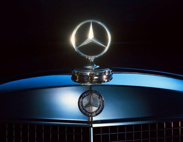 Estrella De Mercedes-Benz (Logotipo)