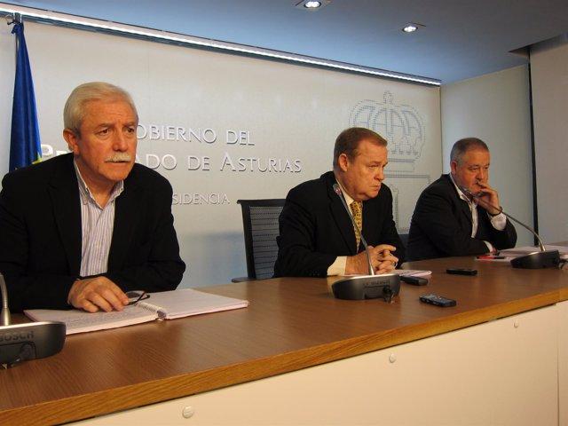 Por La Izquierda, Braga, Vigó Y Pino, Durante La Rueda De Prensa.