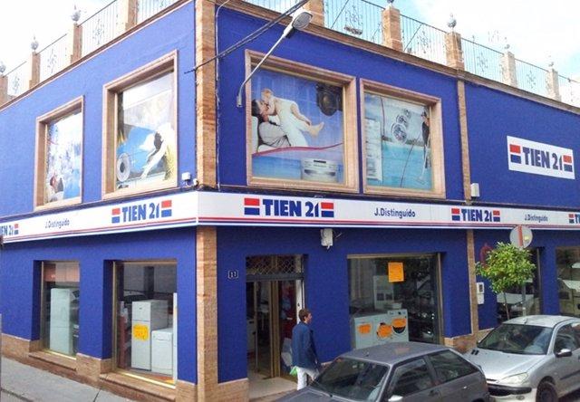 Tienda De TIEN 21 En Los Palacios (Sevilla)