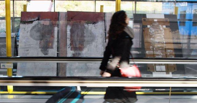 Exposición En La T2 De Barajas De Ana Marcos