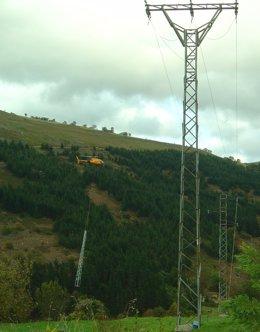 Energía, Instalación Con Helicóptero En Luena