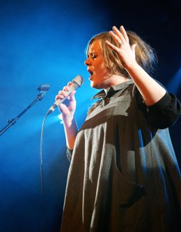Adele In Concert  At La Zona Rosa