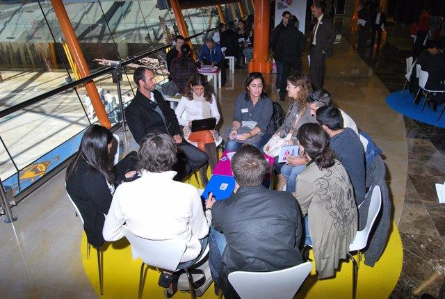 Imagen De Una De Las Reuniones En El Día Del Emprendedor