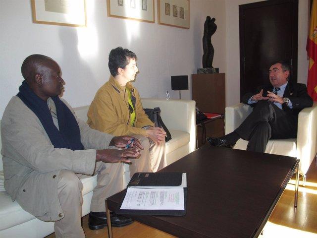 Campos Recibe Al Director Del Centro De Estudios De La Unión Africana