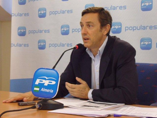 El Diputado Nacional Del PP Rafael Hernando