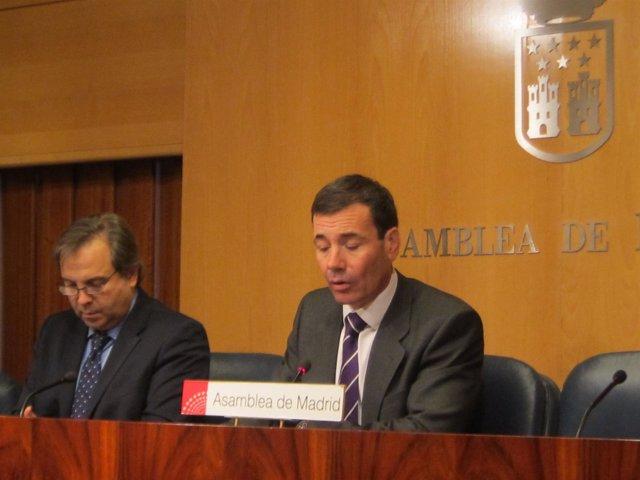 Tomás Gómez En Rueda De Prensa En La Asamblea