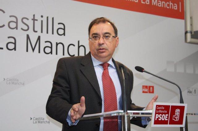 Fernando Mora, PSOE