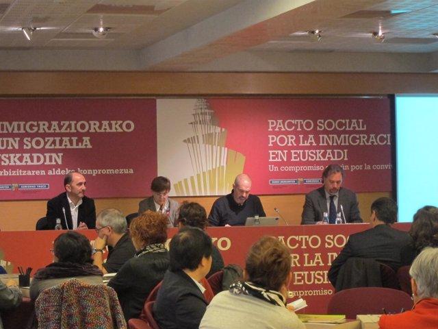 Reunión Del Pacto Social Por La Inmigración En Euskadi