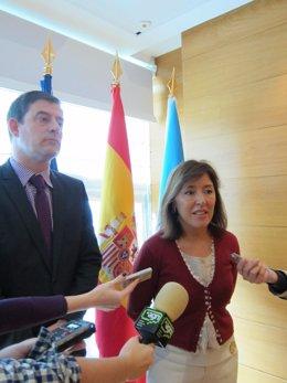 La Conselleira De Traballo, Beatriz Mato Y El Presidente De La Diputación