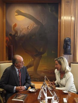 El Rey Recibe A La Portavoz De CC En El Congreso, Ana María Oramas