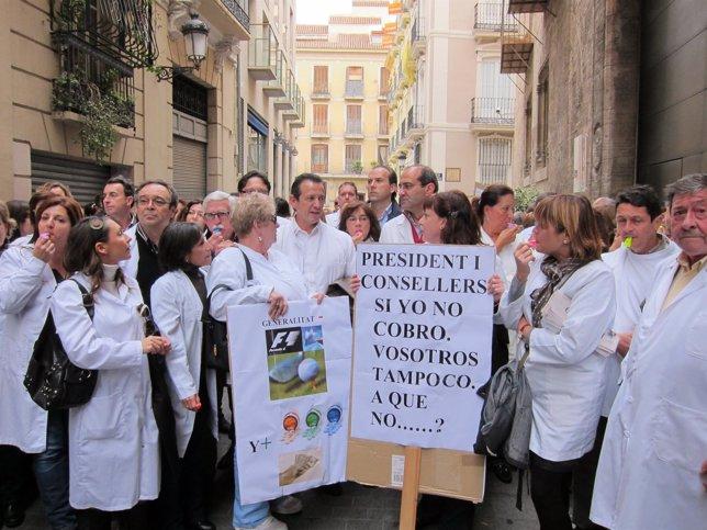 Protesta De Farmacéuticos