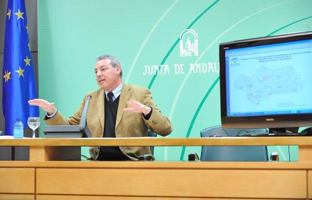 El Consejero Francisco Álvarez De La Chica Hoy En Rueda De Prensa