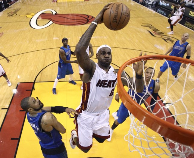 NBA Lebron James Del Miami Heat