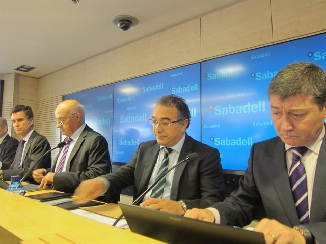Banco Sabadell Explica La Integración De La CAM