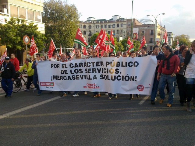 Manifestación De Trabajadores De Mercasevilla.