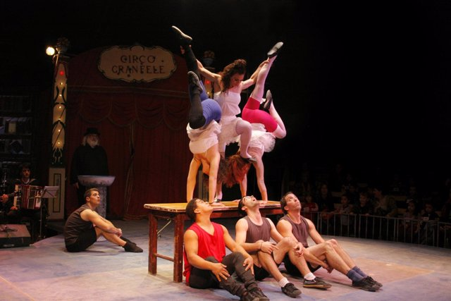 Espectáculo 'Un Pessic De Sal' De Circo Gran Fele