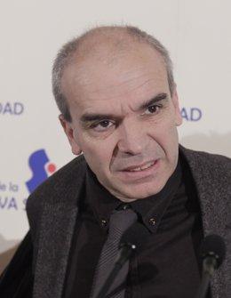 Presidente De La Sección Española De Amnistía Internacional (AI), Alfonso López
