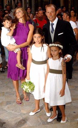 Rosario Nadal Y Kyril De Bulgaria Con Sus Hijos