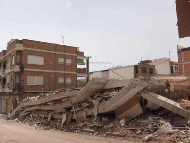 Casa Totalmente Derrumbada En Lorca Tras Los Seísmos Del 11 De Mayo De 2011