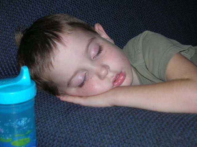 Descansar Mejora El Estado De Ánimo De Los Niños