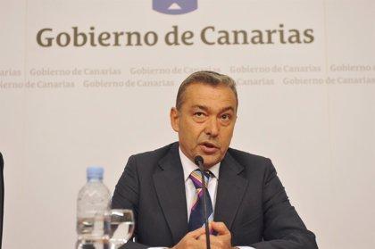 AMPL.- Rivero afirma que Canarias cerrará 2011 con crecimiento cercano a 1% de la economía, por encima de media nacional
