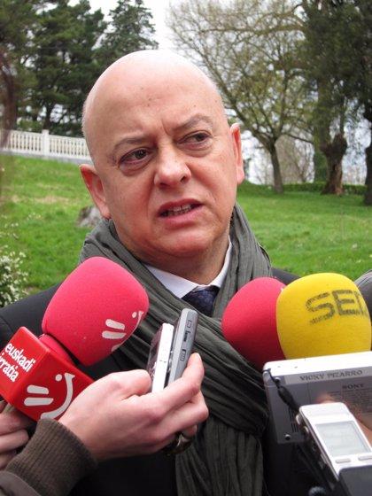 """Elorza alerta del peligro de un debate """"endogámico"""" y pide centrarse en """"ideas"""" y soluciones a la crisis"""