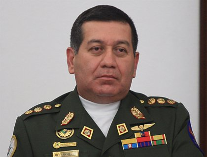 Chávez nombra ministro de Defensa a un acusado de colaborar con las FARC