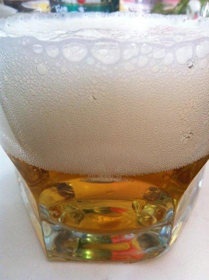 Los británicos deberían evitar el consumo de alcohol, al menos, dos veces a la semana