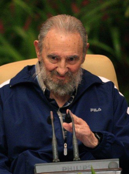 Fidel Castro sugiere que un robot gobernaría mejor EEUU