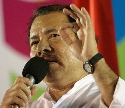 El Príncipe y Daniel Ortega no se abrazan tras la toma de posesión