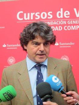 Jorge Moragas En Los Cursos De La Universidad Complutense En El Escorial