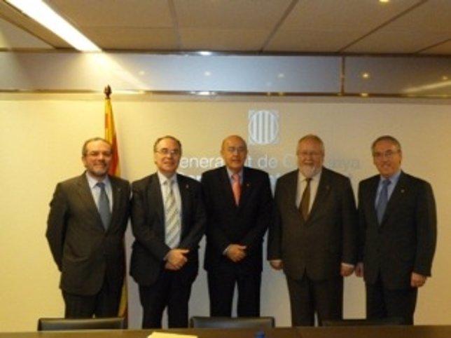 El Conseller De Salud, Boi Ruiz, Y Los Presidentes De Las Diputaciones Catalanas