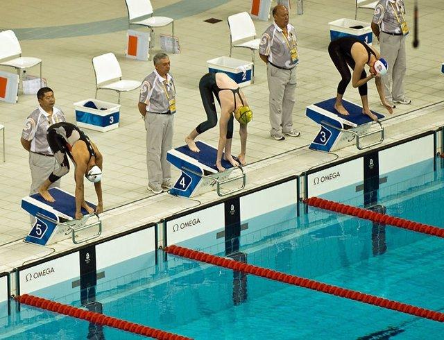 Nadadores Profesionales En Una Competición
