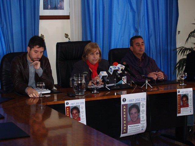 Ríos (Izquierda) Y Velázquez En Rueda De Prensa