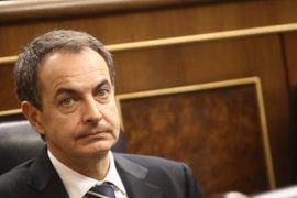 Zapatero reconoce su trayectoria por la consolidación de la democracia