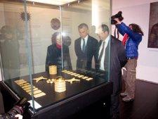 Plata Inaugura La Sala Monográfica 'El Carambolo' En El Arqueológico