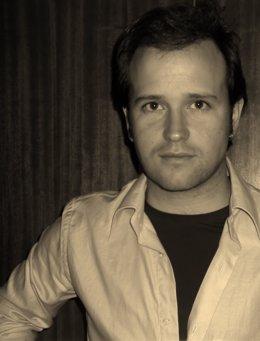 El Escritor Fernando Del Val