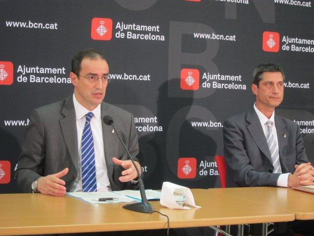 El Tercer Teniente De Alcalde De Barcelona, A. Vives, Y El Concejal J. Martí