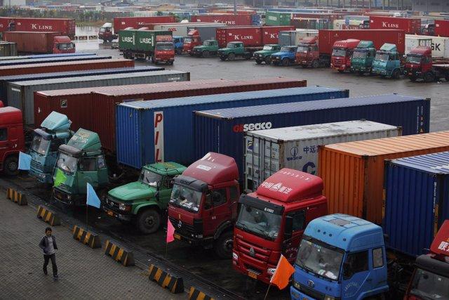 Puerto De Shangai, Exportaciones, Importaciones, Puerto, Camiones