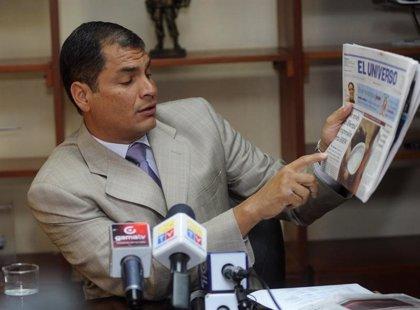 """Correa acusa al diario 'El Universo' de pretender """"deslegitimar"""" al Poder Judicial en Ecuador"""