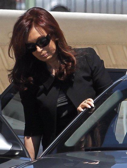 Fernández de Kirchner podría abandonar el luto después de 15 meses