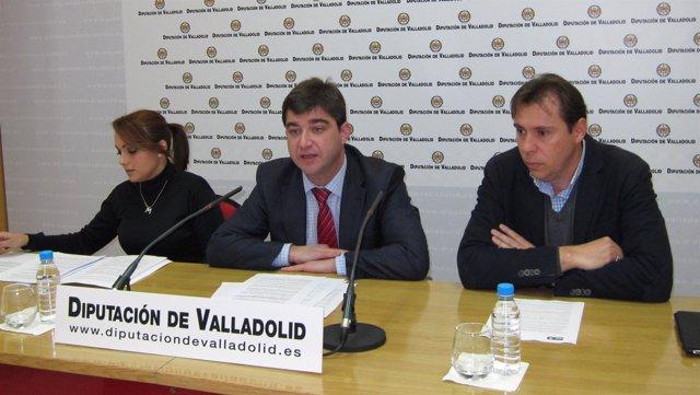 Los Diputados Socialistas María Blanco Y Juan José Zancada, Con Óscar Puente