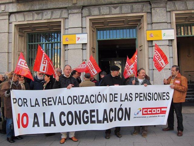 Concentración CCOO En Contra Périda Poder Adquisitivo De Las Pensiones