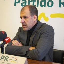 El Presidente Del PR Miguel González De Legarra