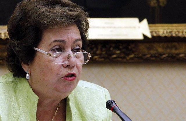 Defensora Del Pueblo, María Luisa Cava De Llano