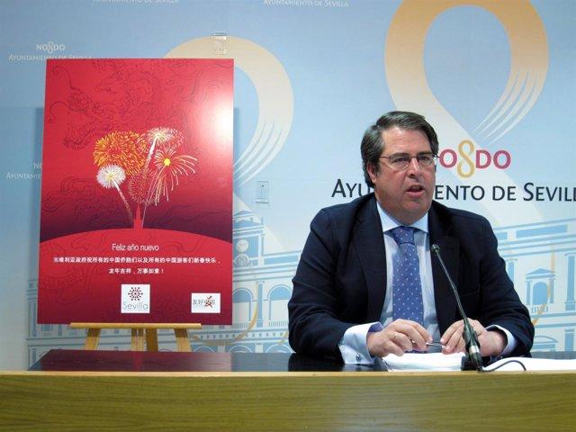 El Concejal De Empleo, Economía, Turismo Y Fiestas Mayores, Gregorio Serrano