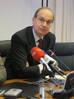 José Antonio Cagigas, Presidente Del Parlamento De Cantabria.
