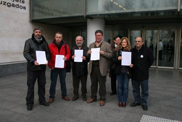 Representantes De Los Sindicatos En La Presentación Del Recurso