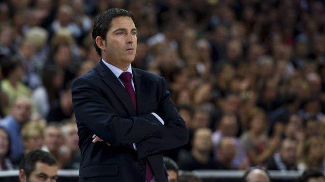 El Entrenador Del FC Barcelona Regal, Xavi Pascual