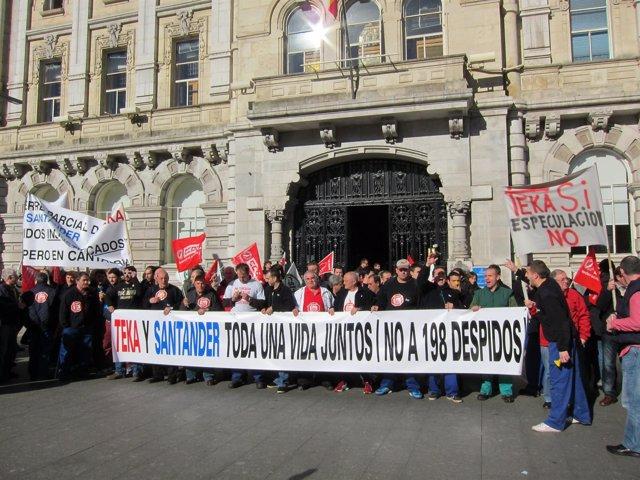 Manifestación Trabajadores Deteka En Santander